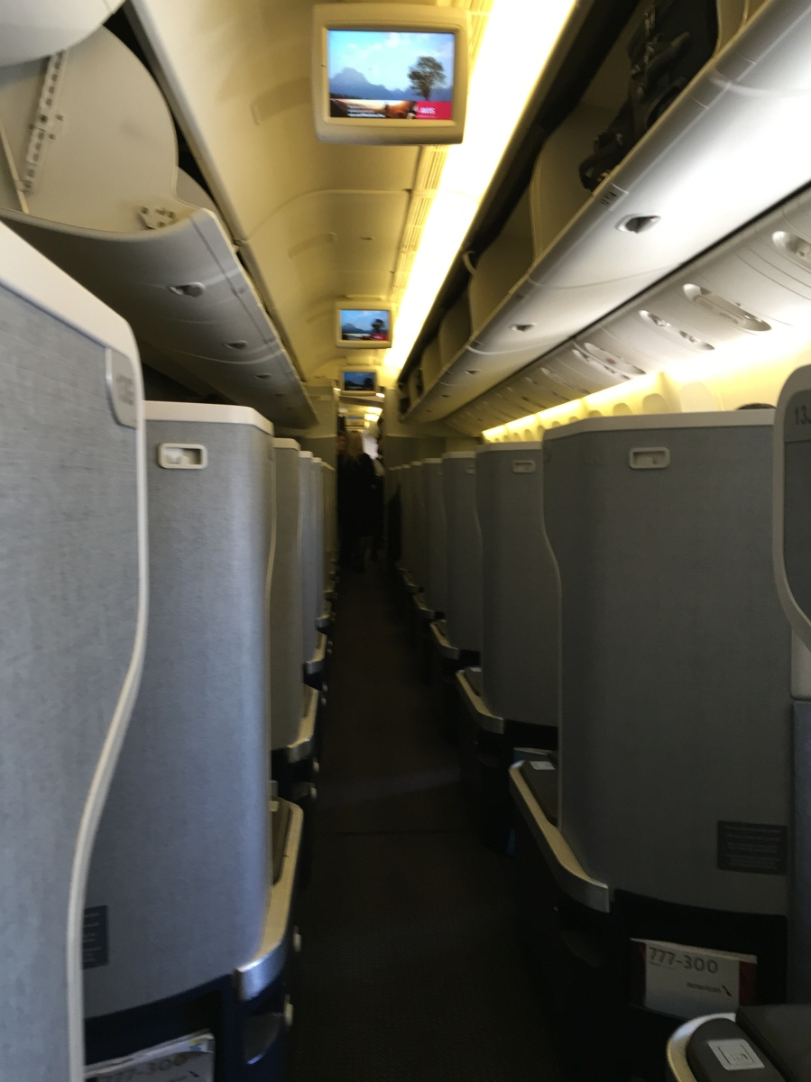 Review American Airlines Business Class 777 300er Dallas
